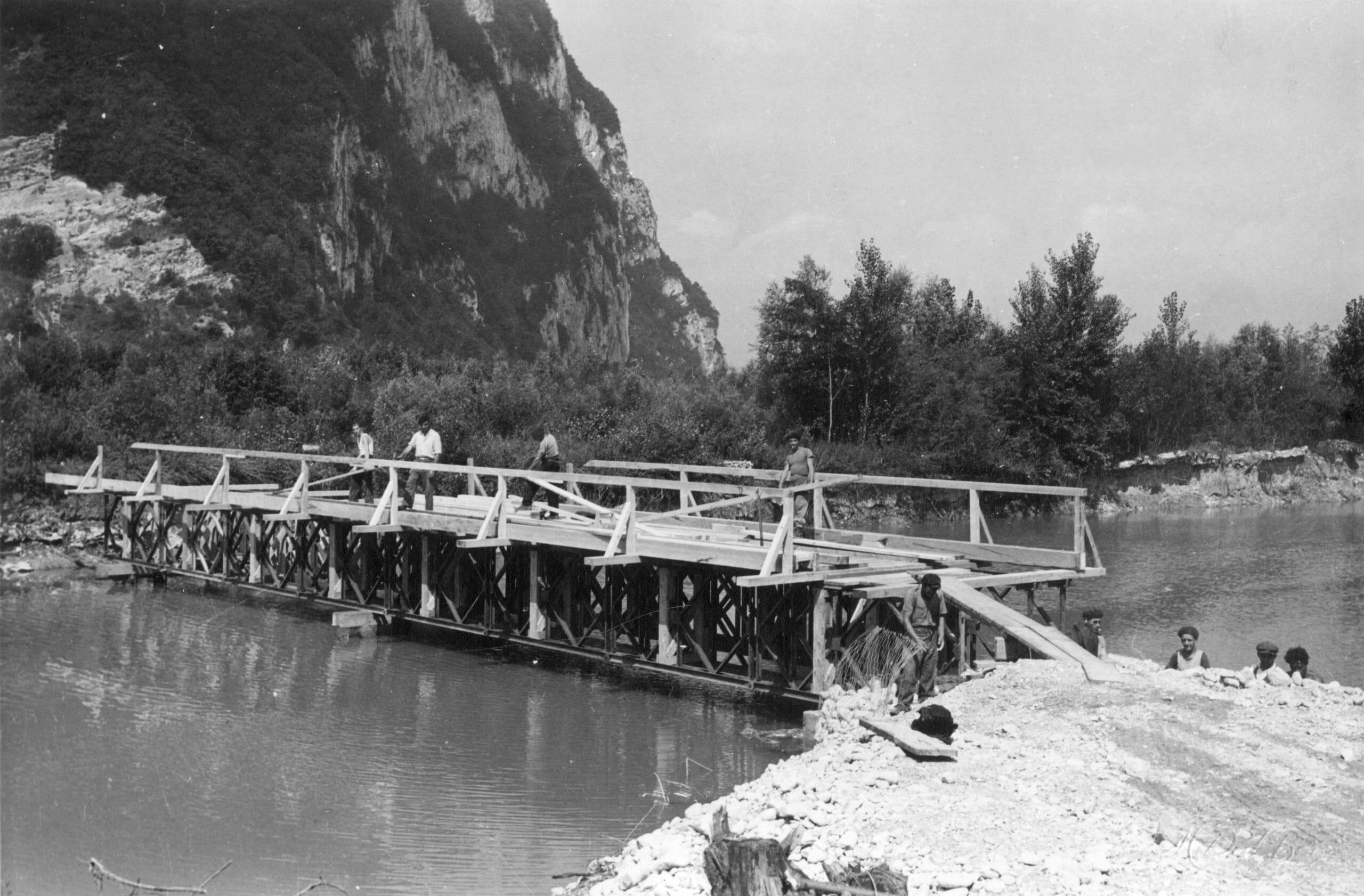 BRECHE PALLUEL TRAVAUX 5 CRUE JUIN 1948 IMAGE VAL BON