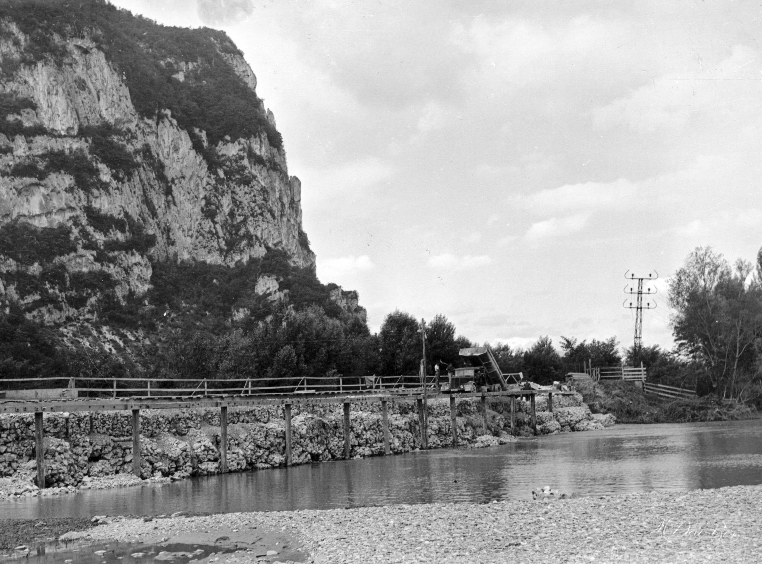 BRECHE PALLUEL TRAVAUX 6 CRUE JUIN 1948 IMAGE VAL BON