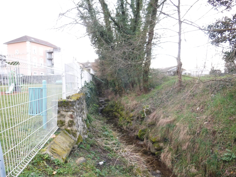 travaux de restauration du Merdarei - Saint-Romans _ etat initial le long des jardins d'enfants _ UTSG_SYMBHI_2020
