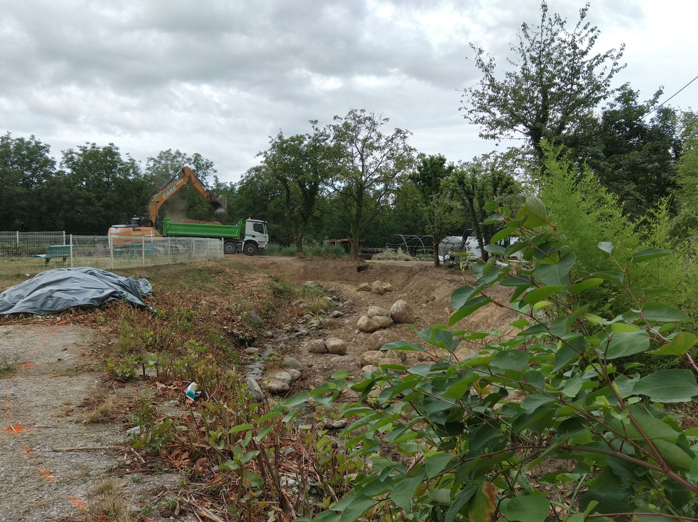 Travaux de restauration du Merdarei à Saint-Romans - avancement du chantier sous la salle des fêtes en août 2020 – UTSG SYMBHI