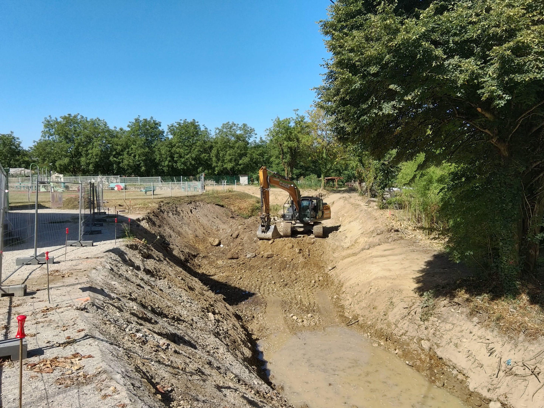Travaux de restauration du Merdarei à Saint-Romans - avancement du chantier sous la salle des fêtes en août 2020 – UTSG_SYMBHI