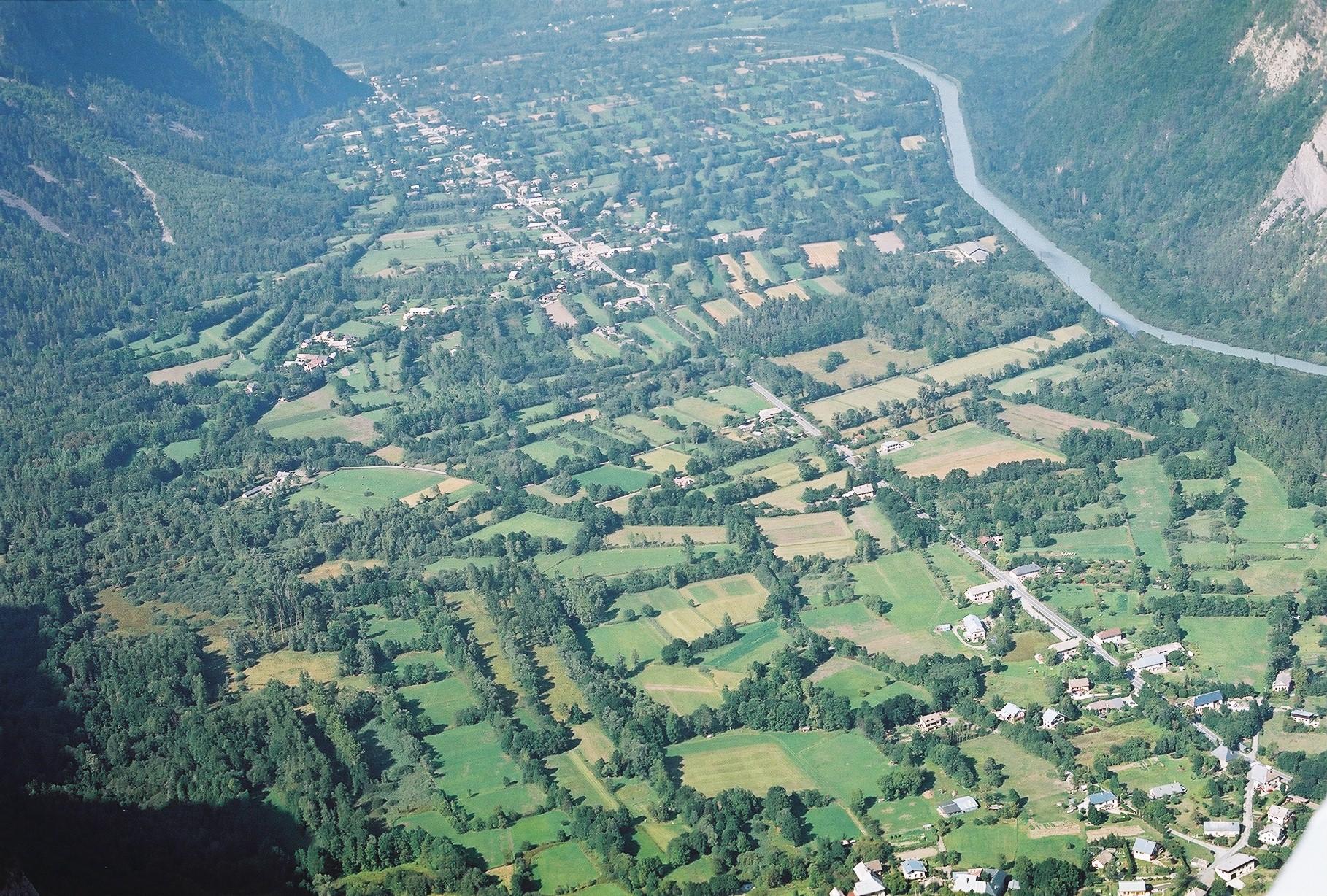 vue aérienne de plaine alluviale