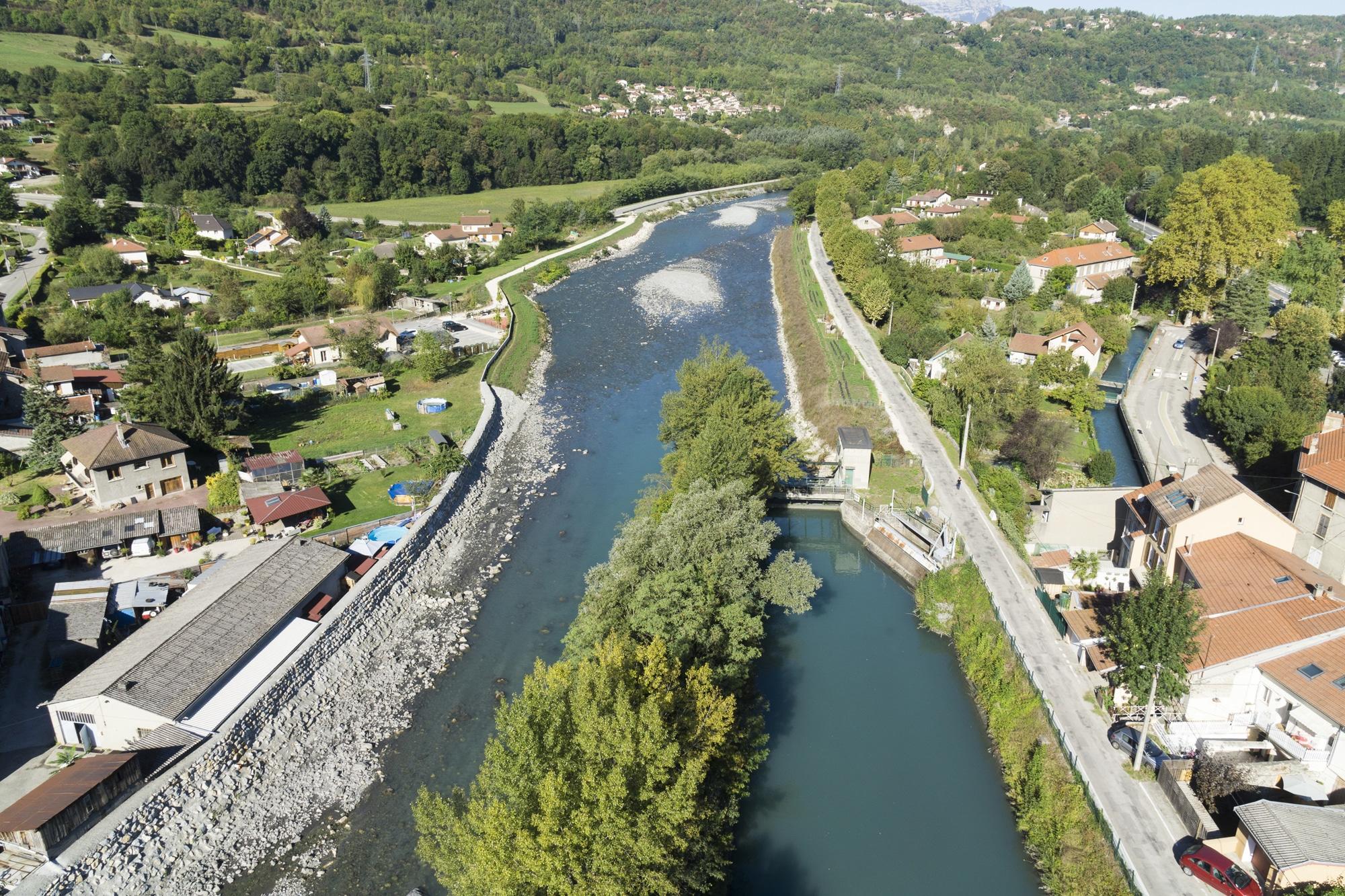 rivière en vue aérienne